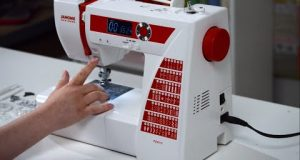 Machine Review: Janome DC2015